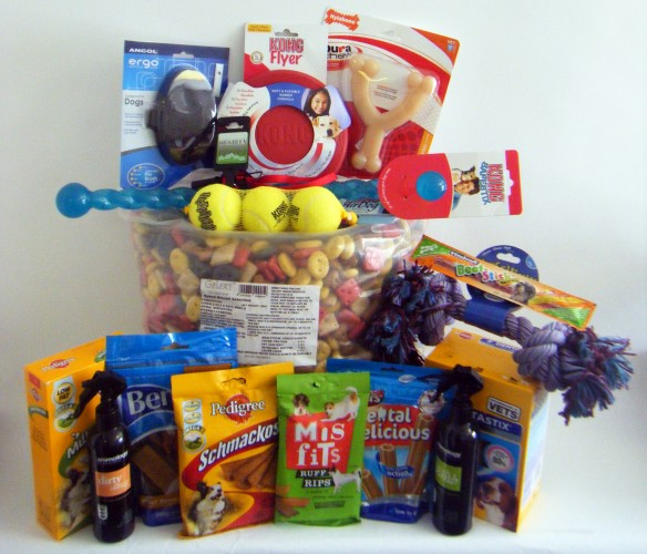 2 Doggy Hampers from FarmandPetPlace.co.uk To Win!