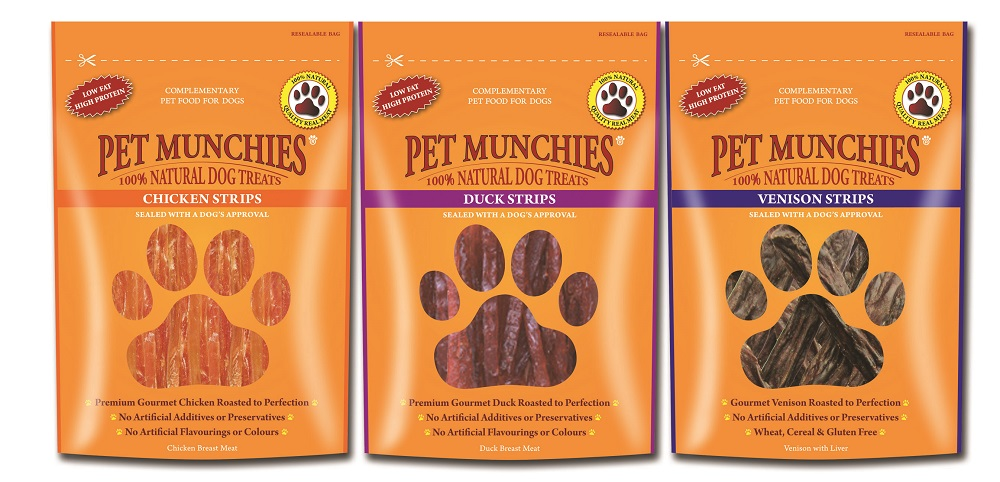 Win a Bundle of Pet Munchies Treats!